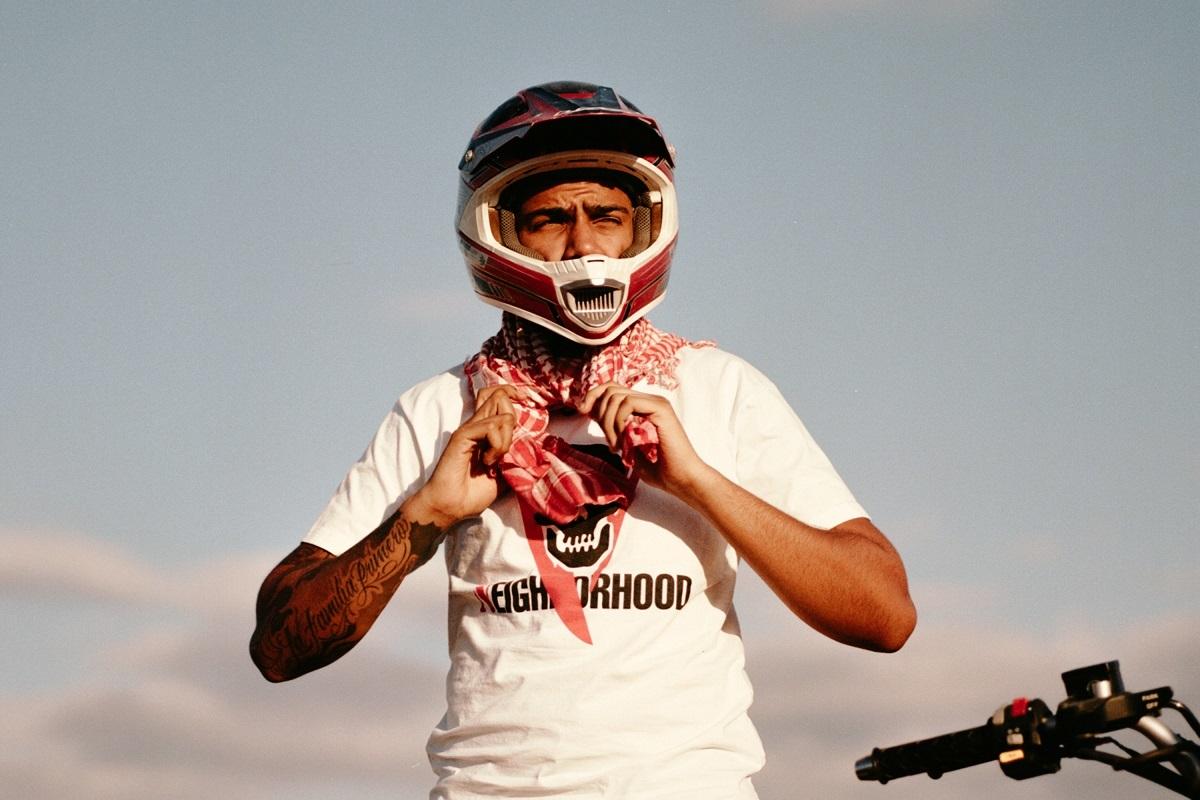 """AJ Tracey Has Fun In The Moroccan Sun In """"Ladbroke Grove"""" Video"""