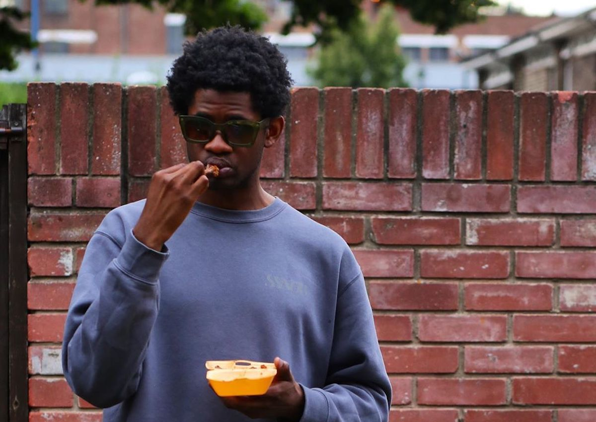 """South East London Rapper Benezer Introduces Us To His """"Dogs"""""""