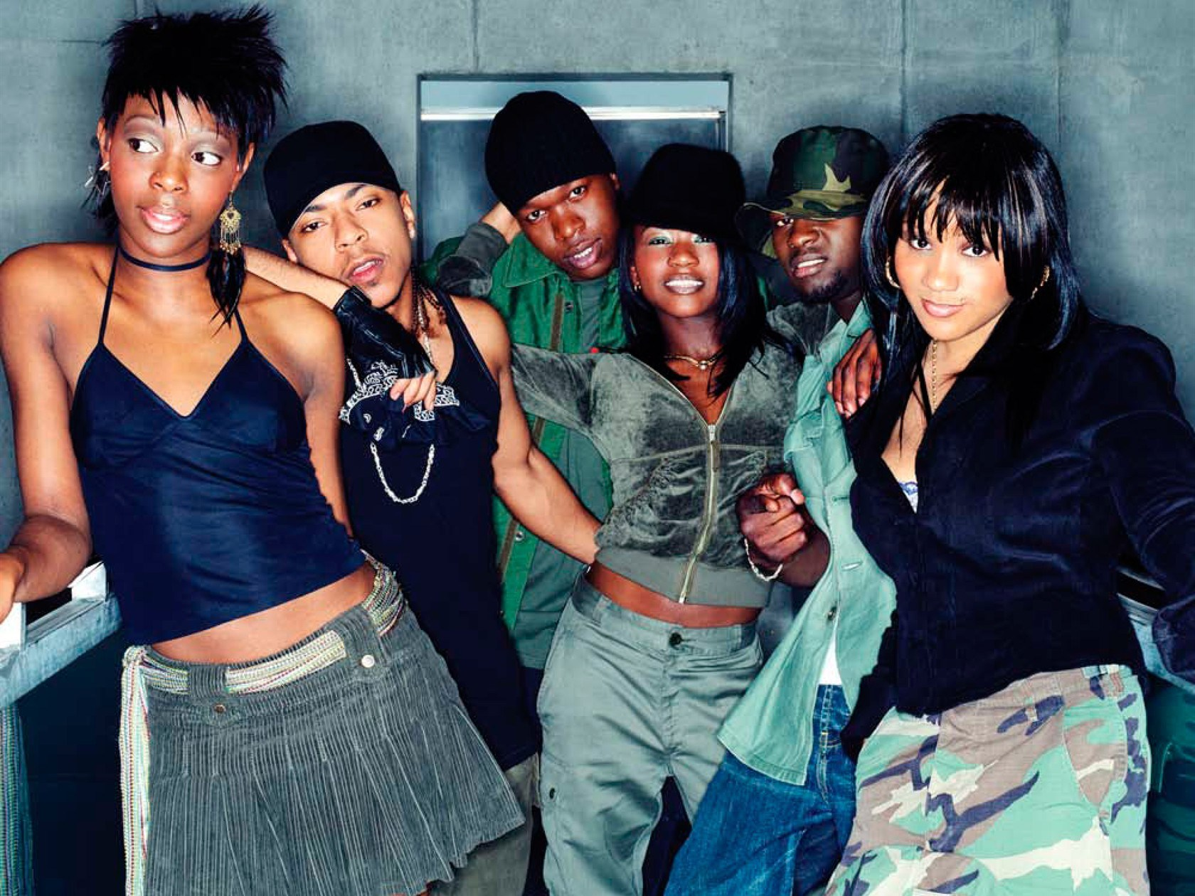 "HERITAGE: Early 2000s Pop Rap Crew Big Brovaz Perform Their Top 3 Hit ""Nu Flow"" At Top Of The Pops Awards (2002)"