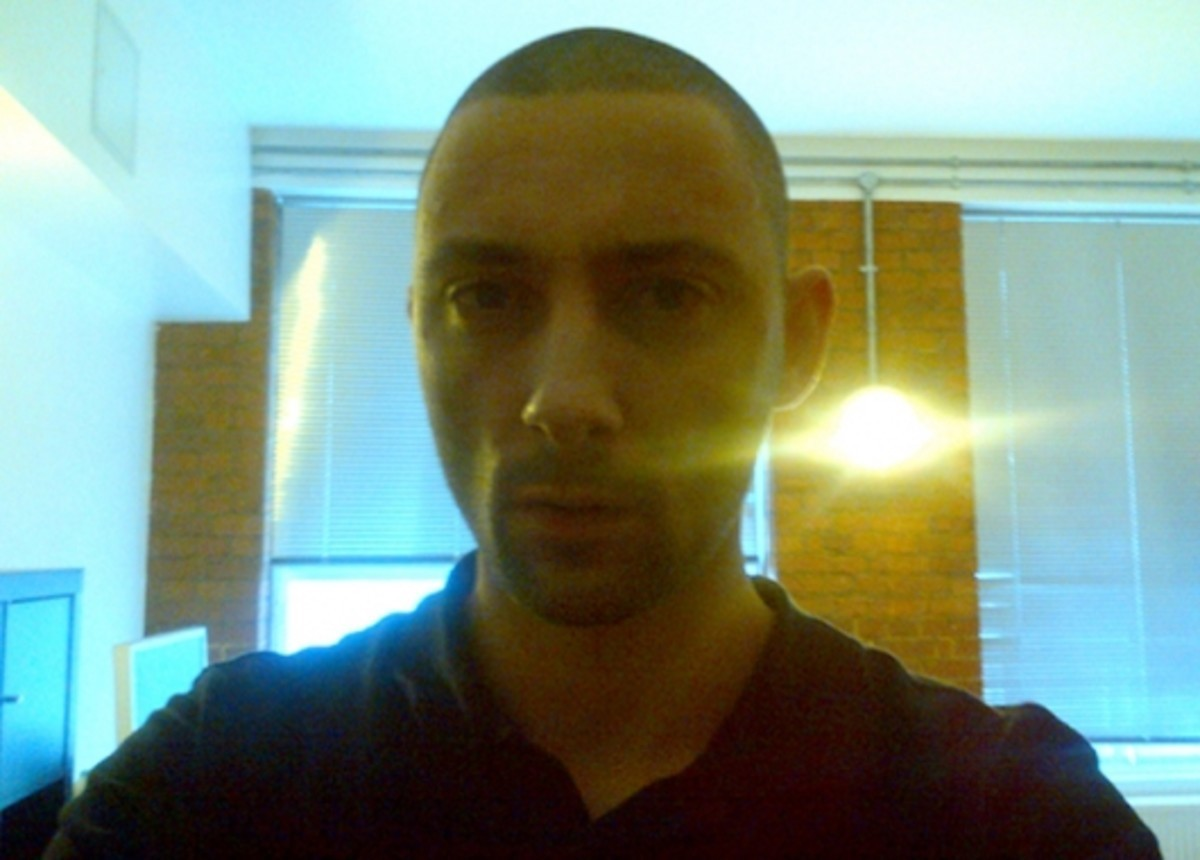 "Listen To Burial's New 2-Step Thumper ""Claustro"" From Upcoming Hyperdub 12"""