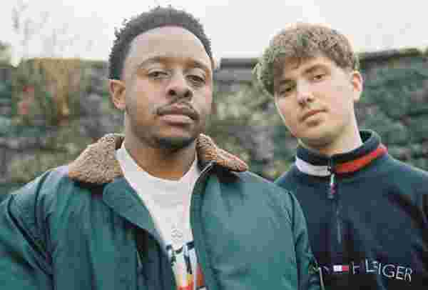 "EXCLUSIVE: Bristol Producer Dom Porter And Zimbabwe-Born R&B Singer Violet Jones Connect For Seductive Late Night Jam ""Honey"""