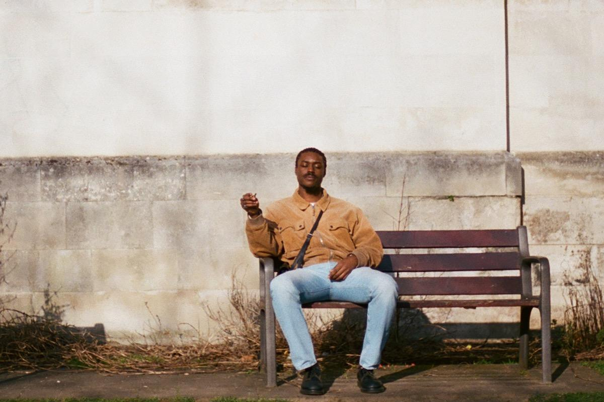 """East London's KeepVibesNear Returns With Subdued R&B Track """"Gently"""""""