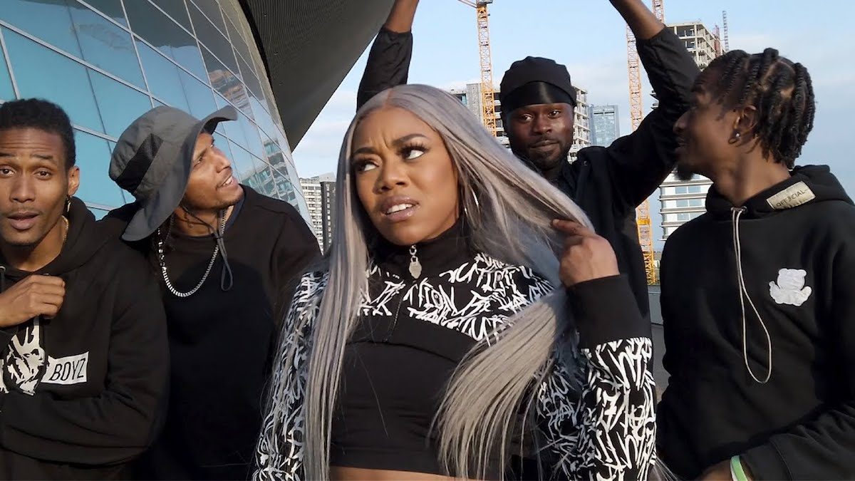 """Lady Leshurr Pays Tribute To A Great With """"Dynamite Flow"""""""