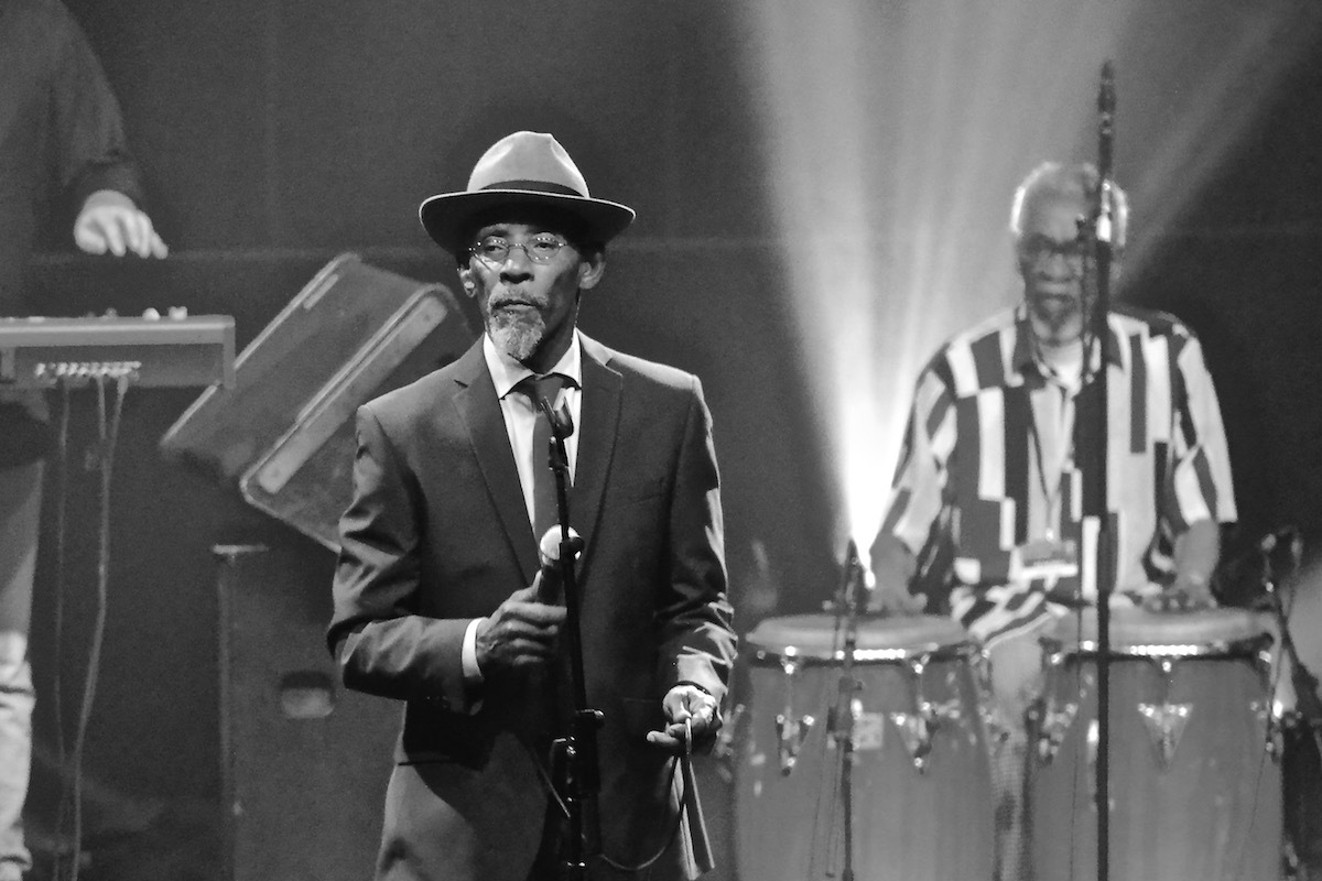 "HERITAGE: Linton Kwesi Johnson Delivers Scathing ""Inglan Is A Bitch"" For 'The Old Grey Whistle Test' (1980)"