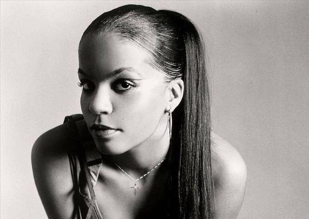"""HERITAGE: Ms Dynamite Delivers Her Thought-Provoking Anthem """"It Takes More"""" At The Commonwealth Games Closing Ceremony (2002)"""