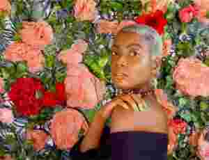 "North West London R&B Singer Estée​ Blu Shares Irresistible New Song ""Forever"""