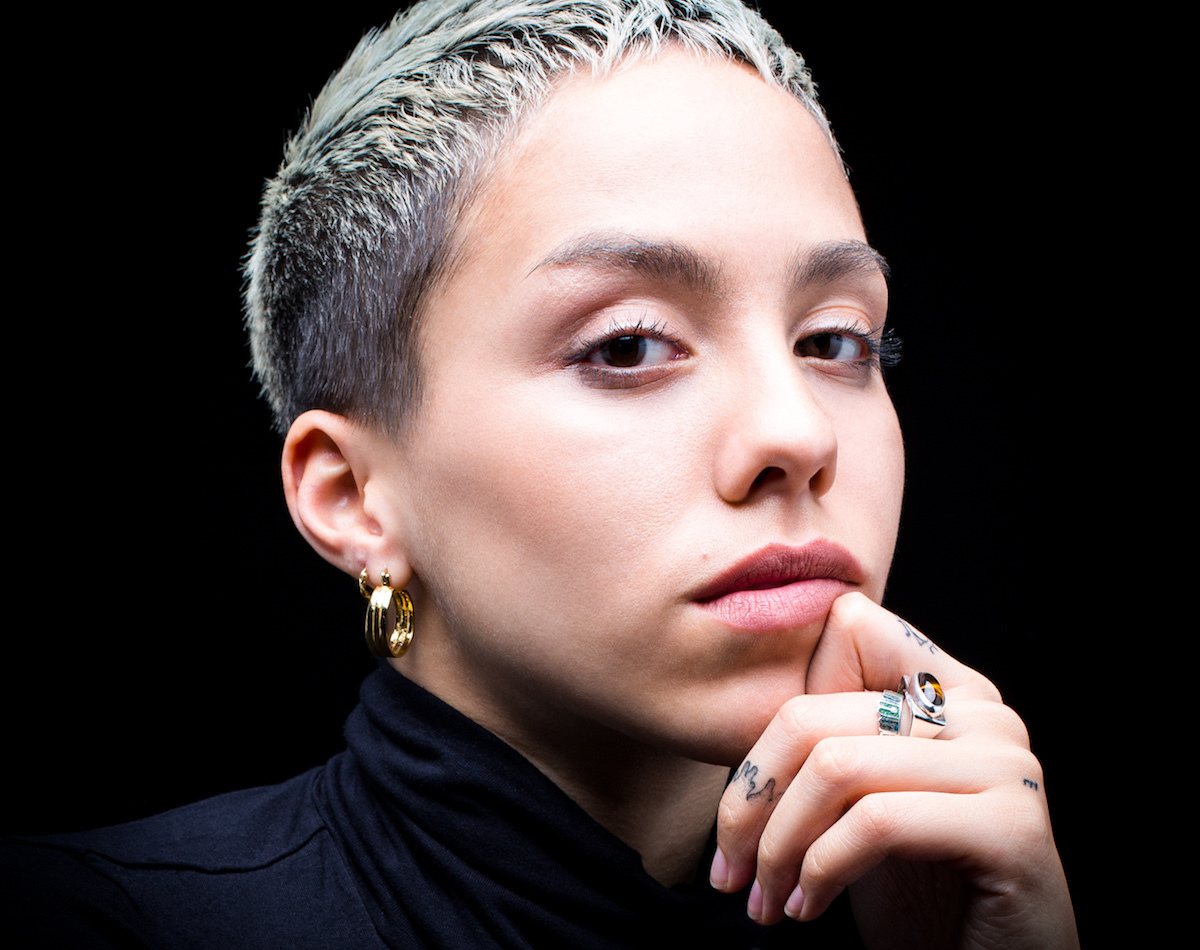 """Poppy Ajudha Explores Themes Of Immigration And Identity On Thoughtful New Single """"White Water"""""""