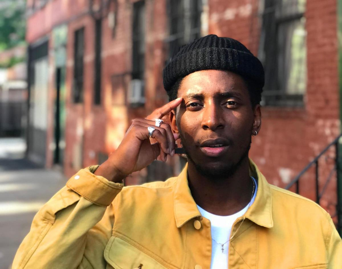 """Samm Henshaw Teaches Listeners To Let Go On Uplifting Soul Number """"Only One To Blame"""""""