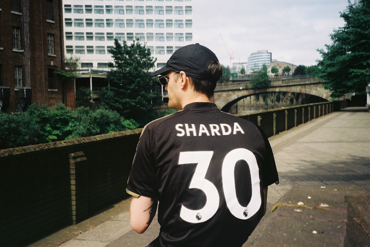 "Sharda Double Drops UKG Thumpers ""Peace & Love"" And ""Like You"" Via Conducta's Kiwi Rekords"