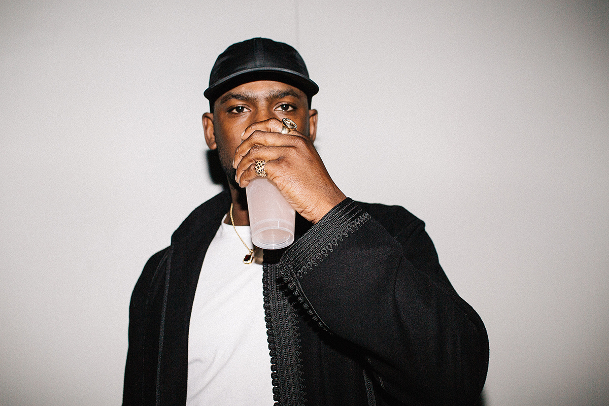 "HERITAGE: Skepta Sprays Some Impromptu Bars Over ""Morgue"", ""Functions On The Low"" And More For New York Crowd (2015)"