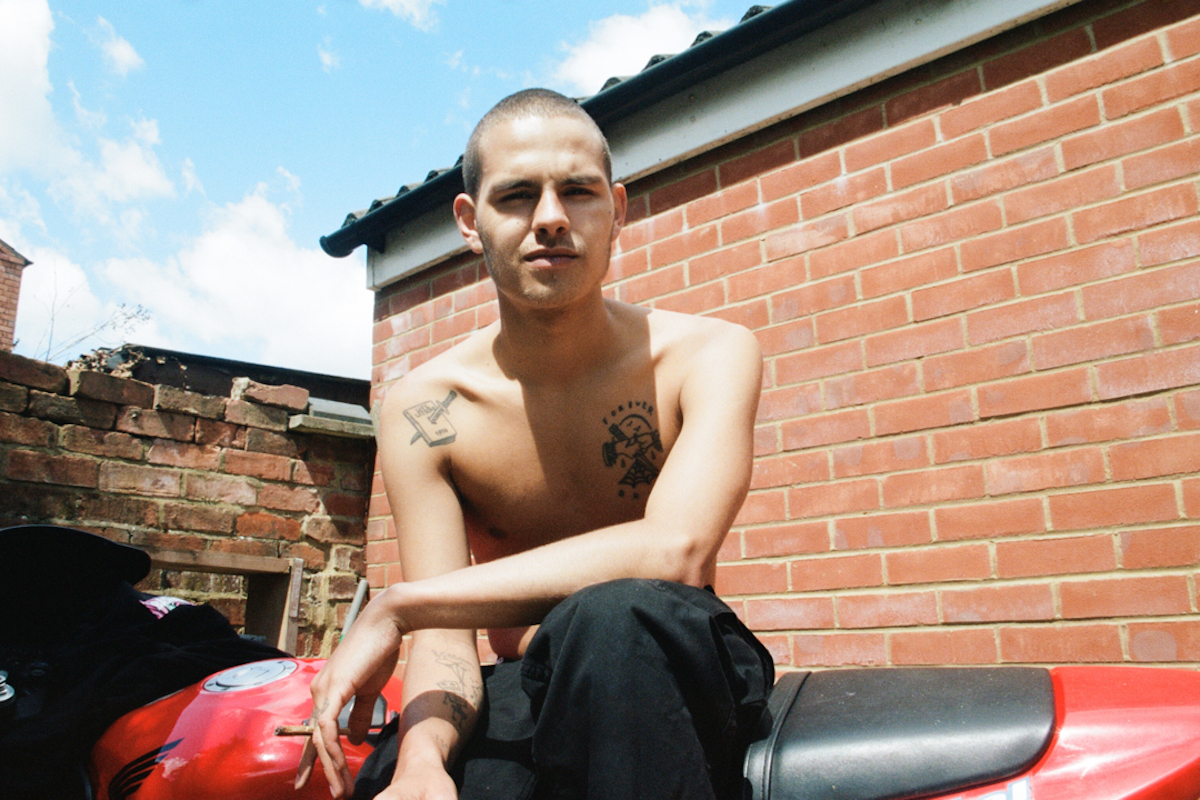 "Slowthai Drops Two Surprise Tracks ""The Bottom"" And ""North Nights"""