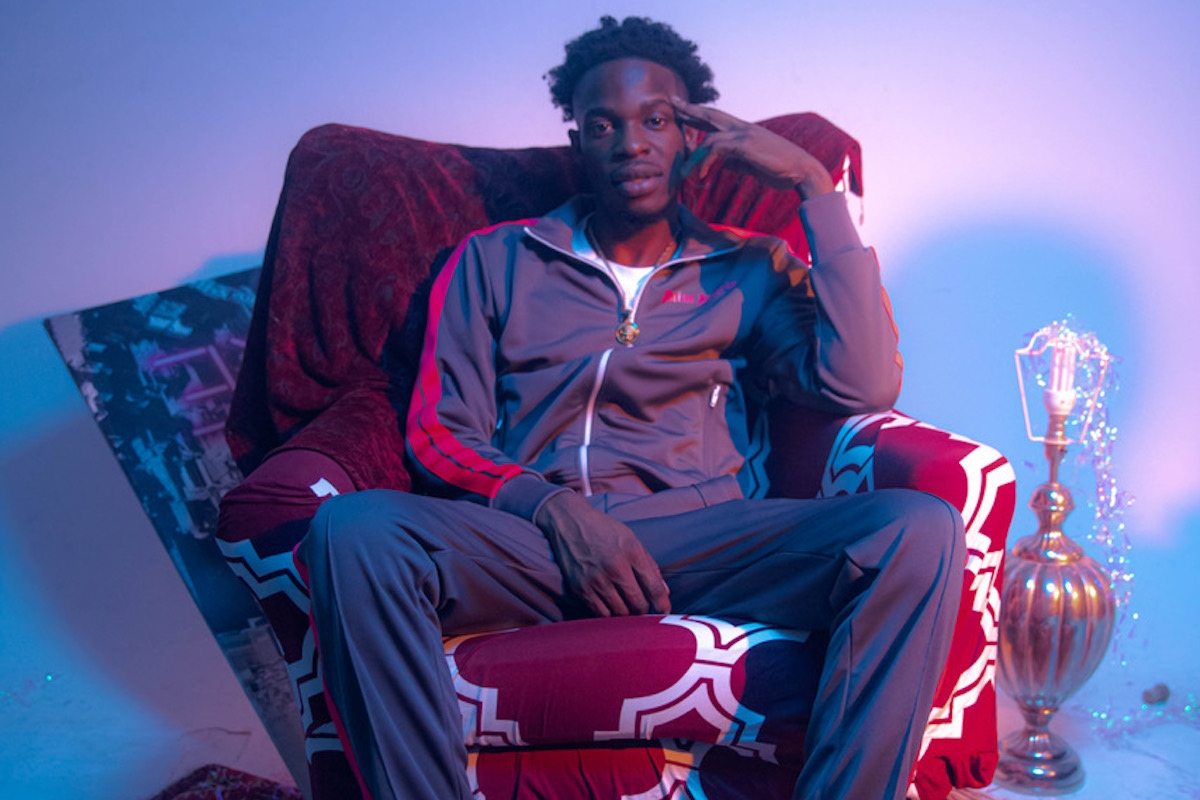 """Newham Rapper TiZ East Is Bursting With Fresh Energy In """"Trappy"""" Visuals"""
